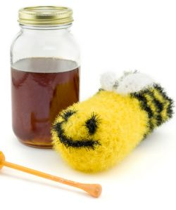 Bee Sparky Clean Scrubby