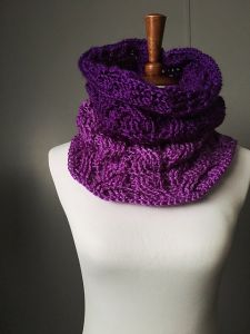 Wheat Cable Cowl