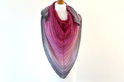 Gradient Traingle Shawl