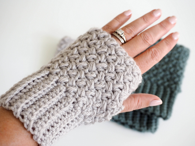 Crochet Patterns Galore Elizabeth Stitch Fingerless Gloves