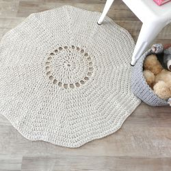 Simple Round Rug