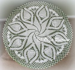 Swirl and Pineapples Doily