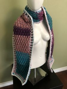 Textured Pocket Scarf