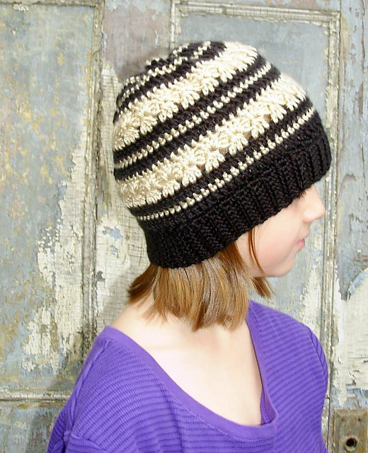 Free crochet pattern using aran-weight yarn. Pattern attributes and  techniques include  In-the-round c04dae96397