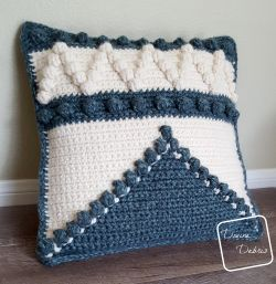 Pretty Bobble Pillow