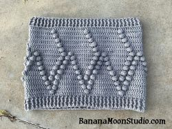 Dot-to-Dot Cowl