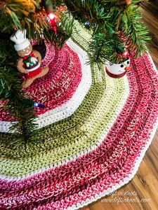 Holly Jolly Christmas Tree Skirt