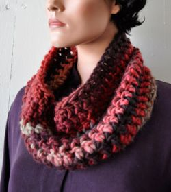Super Quick & Easy Crochet Cowl