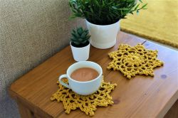 Lacy Flower Coaster