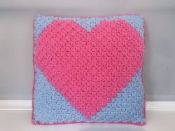 C2C love heart cushion