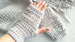 Star Stitch Fingerless Gloves