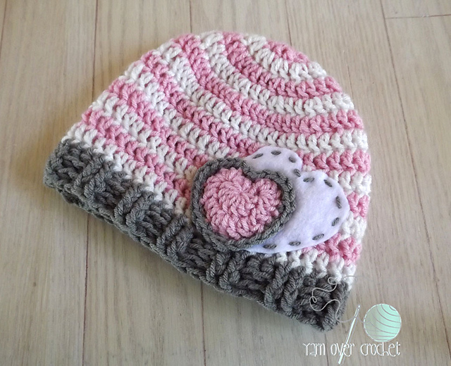 Free Crochet Heart Hat Pattern : Crochet Patterns Galore - Hearts and Stripes Forever Hat