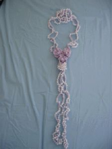 Pearl Necklace with 3 Flowers