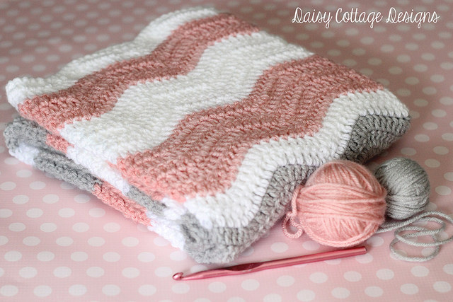 Crochet Patterns Galore - Neat Ripple Baby Blanket