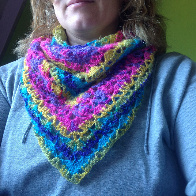 Free Crochet Shawl Patterns For Spring : Crochet Patterns Galore - Spring Shawl