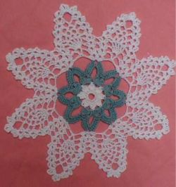 Pineapple Blossoms Doily