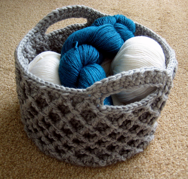 Crochet Stitches Basket : Crochet Patterns Galore - Diamond Trellis Basket