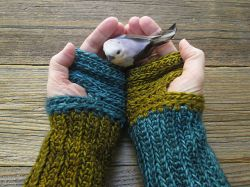 Mrs.Fitz Inspired Mini Mitts Outlander