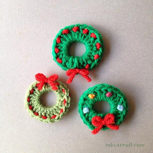 Crochet Patterns Galore Retro Wreath Pin