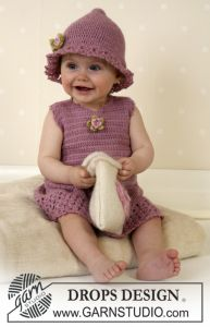DROPS baby dress and hat