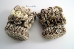 Ruffled Baby Booties