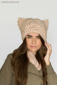 Chunky Cabled Cat Hat