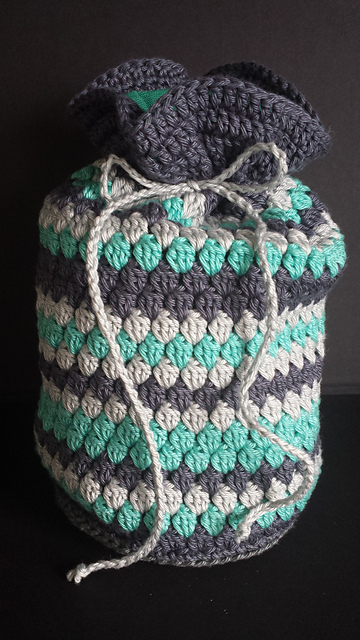 Crochet Patterns Galore Striped Cluster Toiletry Bag