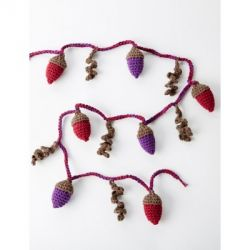 Autumn Acorns Garland