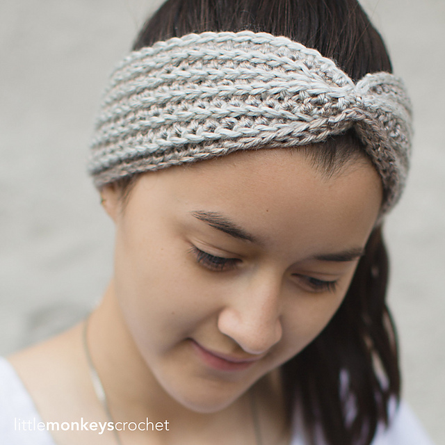 Free Crochet Ribbed Headband Patterns : Crochet Patterns Galore - Ribbed Cinched Ear Warmer