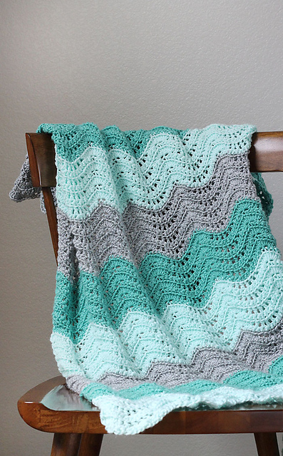 Crochet Patterns Galore Feather And Fan Baby Blanket