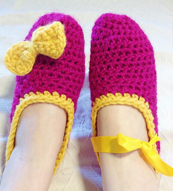 Crochet Patterns Galore - Easy Chunky Ballerina Slippers