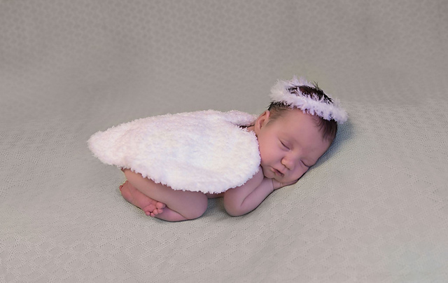 Crochet Patterns Galore Newborn Angel Wings And Halo Photo Prop