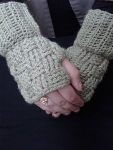 Basket Weave Gloves