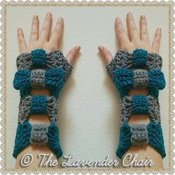 Valerie's Cinched Bow Fingerless Gloves