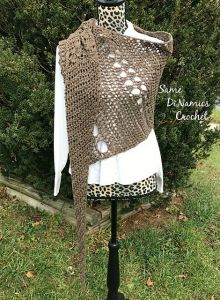 Long Tail Shawl