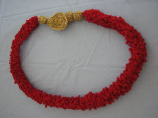 Thread Red Loop Necklace