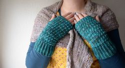 Star Stitch Mitts